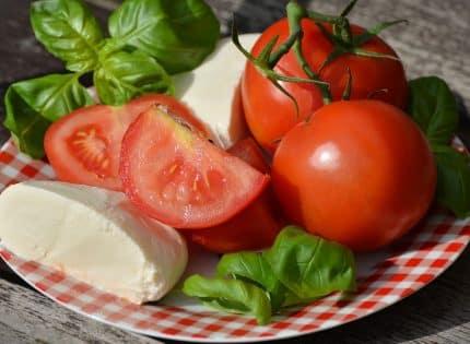 Pause déjeuner : 3 idées de salades fraîches pour manger healty à midi