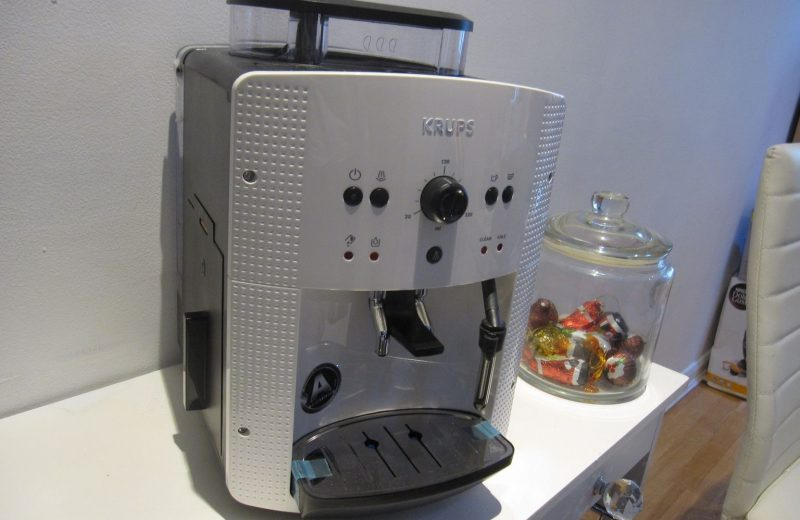 Acheter une machine à café en 2020: le choix de Krupsea8105