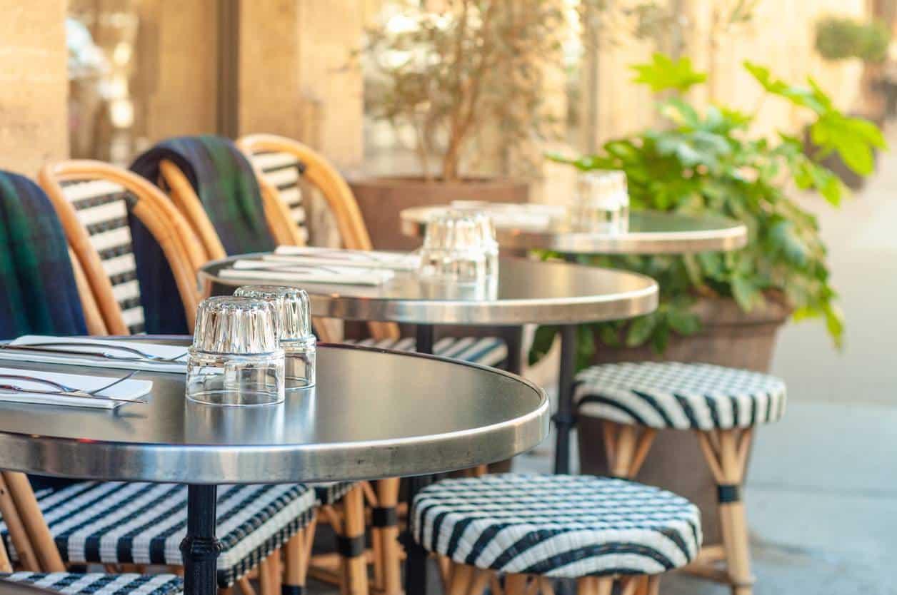 Mobilier professionnel restaurant terrasse bar